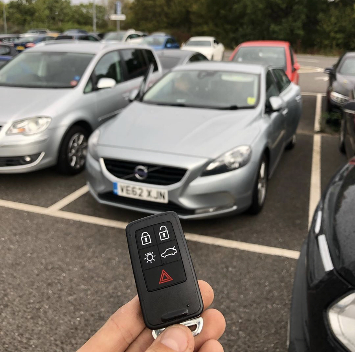 Volvo V40 Key Replacement